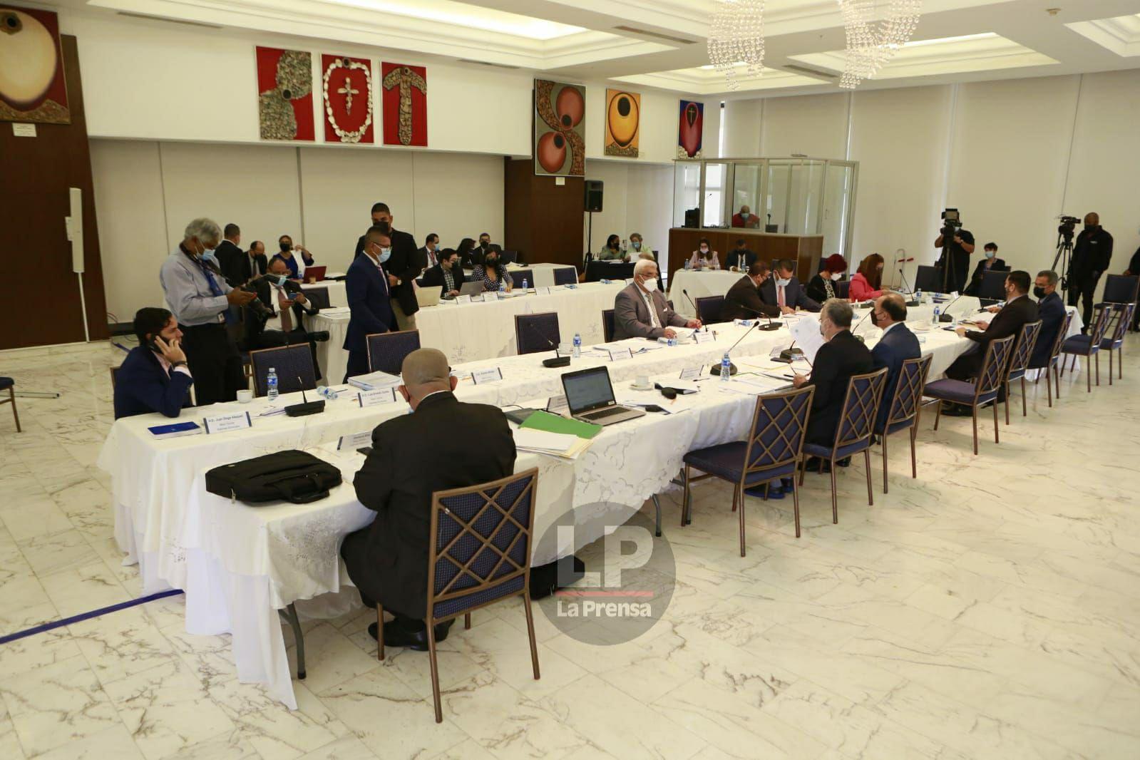 La próxima semana se retomaría discusión en primer debate de las reformas electorales, Crispiano Adames